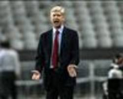 What is Arsenal and Wenger's transfer priority?